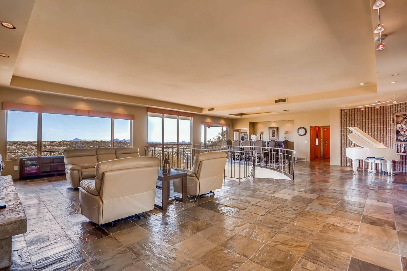 Views from Four Peaks to Town-large-004-28-Living Room-1500x1000-72dpi