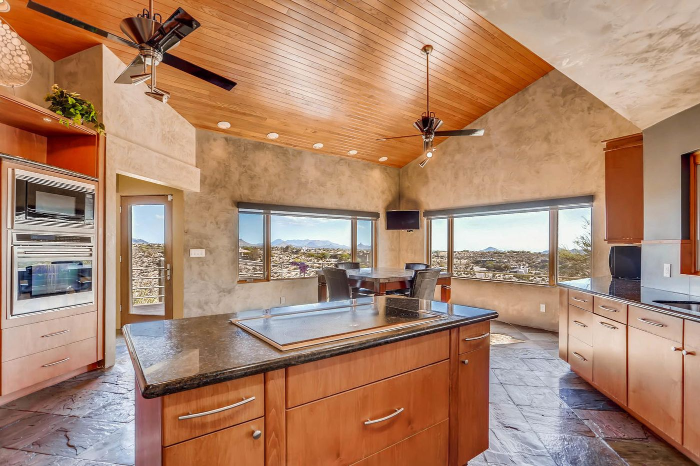 Views from Four Peaks to Town-large-011-11-Kitchen-1500x1000-72dpi