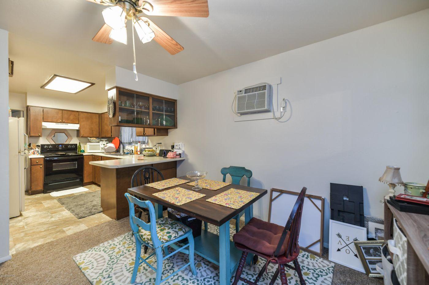 3616 Navajo Kitchen Dining