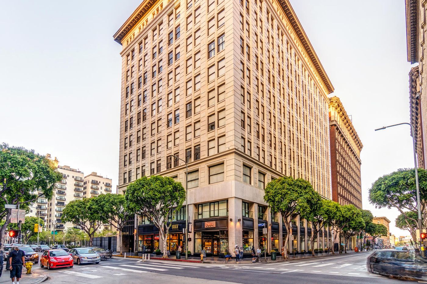 460 S Spring St Downtown Los-large-002-16-RED0103Upload09-1500x1000-72dpi