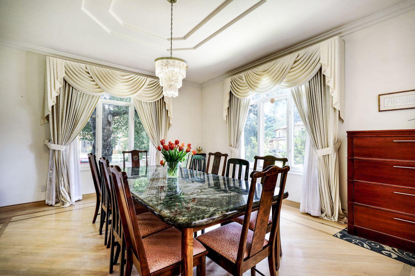 real-estate-photography-2245 Kingsbridge Ct-San Dimas-91773-airbnb-rental-interior-design-photographer-kasi-hyrapett-22