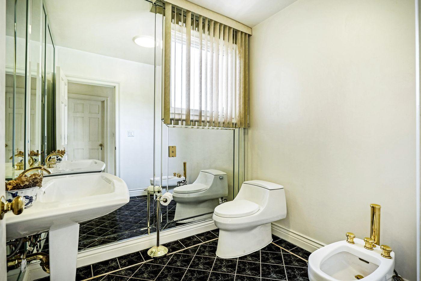 real-estate-photography-2245 Kingsbridge Ct-San Dimas-91773-airbnb-rental-interior-design-photographer-kasi-hyrapett-32