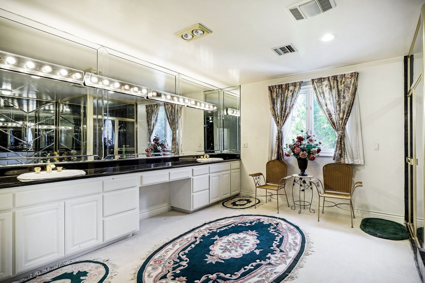 real-estate-photography-2245 Kingsbridge Ct-San Dimas-91773-airbnb-rental-interior-design-photographer-kasi-hyrapett-34