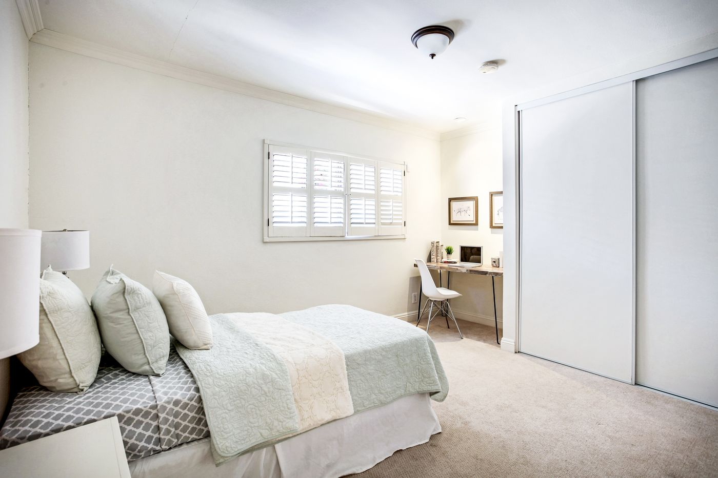 real-estate-photography-4825 Newcastle Ave-Encino-91316-airbnb-rental-interior-design-photographer-kasi-hyrapett-18